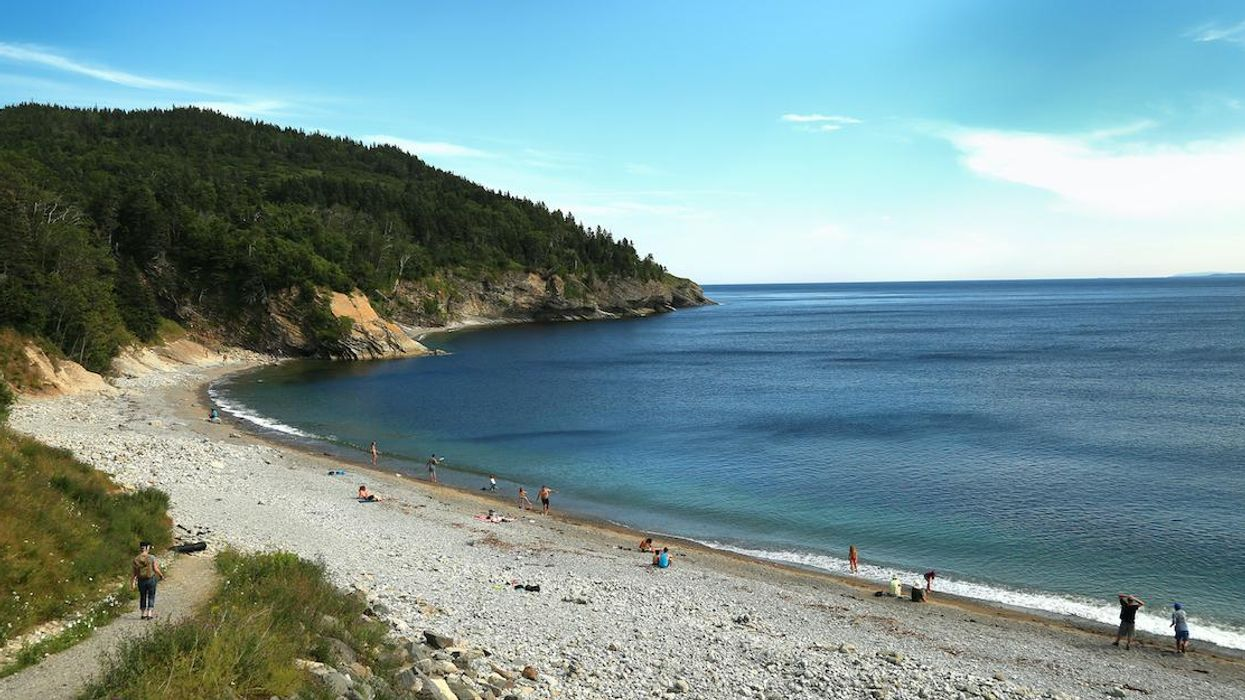 Reckless Tourist Behaviour In Gaspésie Called Out In Post